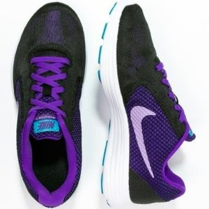 Nike Revolution 3 Black/Purple Running Shoe 10M